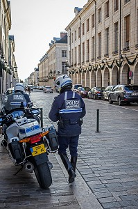 MOTARDS DE LA POLICE MUNICIPALE, ORLEANS, (45) LOIRET, CENTRE, FRANCE