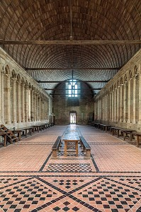 REFECTOIRE DU XIII EME SIECLE, ABBAYE DU MONT-SAINT-MICHEL (50), FRANCE