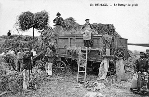LE BATTAGE DU GRAIN, LA MOISSON EN BEAUCE AU DEBUT DU XX EME SIECLE, CARTE POSTALES ANCIENNES, EURE-ET-LOIR (28), FRANCE