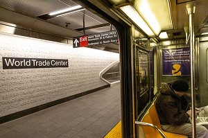 METRO A LA STATION WORD TRADE CENTER, MANHATTAN, NEW-YORK, ETATS-UNIS, USA