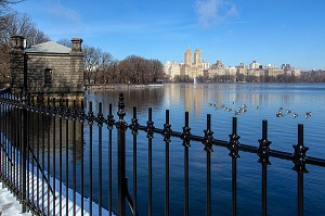 LE RESERVOIR D'EAU JACQUELINE KENNEDY ONASSIS, CENTRAL PARK, MANHATTAN, NEW-YORK, ETATS-UNIS, USA