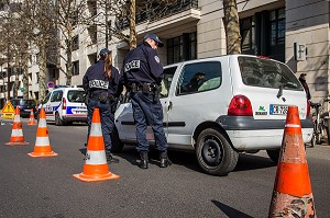 CONTROLE POLICE, CIRCULATION ALTERNEE, POLLUTION
