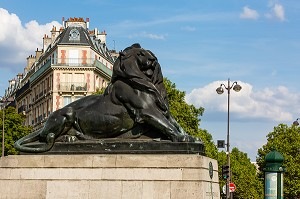 REPLIQUE DU LION DE BELFORT, PLACE DENFERT ROCHEREAU, PARIS, 14EME ARRONDISSEMENT, FRANCE, EUROPE