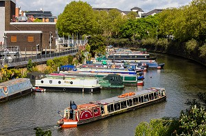 PENICHES SUR REGENT'S CANAL, LONDRES, ANGLETERRE