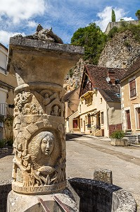 FONTAINE AU LOUP, MAILLY LE CHATEAU, YONNE, BOURGOGNE, FRANCE